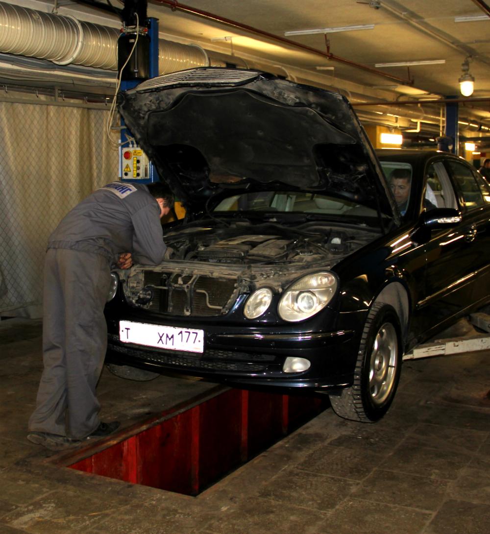 Слесарный ремонт в Автосервисе Мустанг